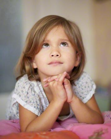 girl_praying.jpg